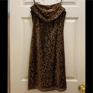 {3 for $30} Gold and black paisley print spaghetti